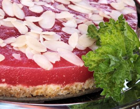 Ciasto arbuzowe na krakersowym spodzie - dla dbających o linię