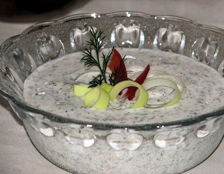 Dietetyczny sos ziołowy na zimno