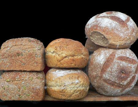 Dlaczego warto jeść produkty pełnoziarniste?