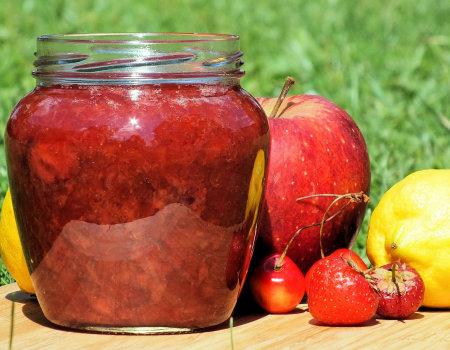 Dżem z truskawek i jabłek