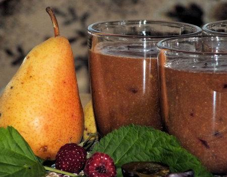 Gruszkowo-śliwkowe smoothie