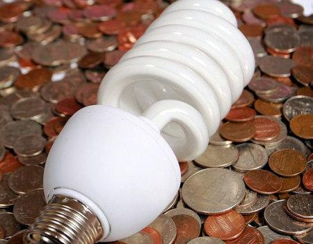 Jak oszczędzać energię w domu i płacić mniejsze rachunki?
