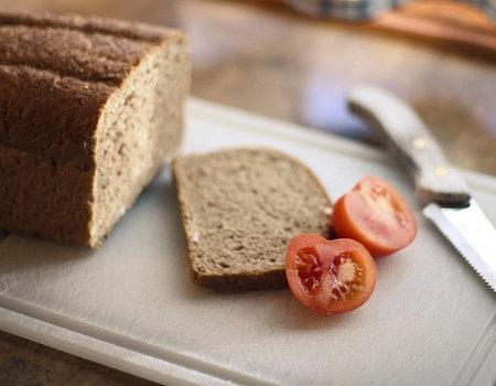 Jaki nóż do krojenia chleba?