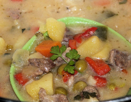 Jednogarnkowe danie z wołowiną