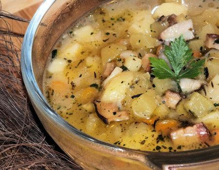 Jesienna zupa z grzybową nutką