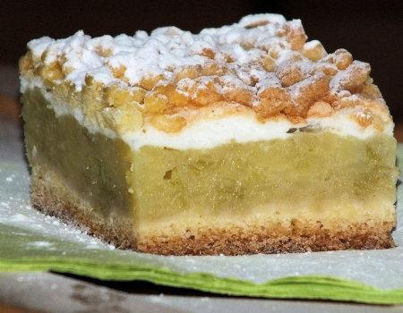Kruche ciasto z budyniowo-rabarbarową masą