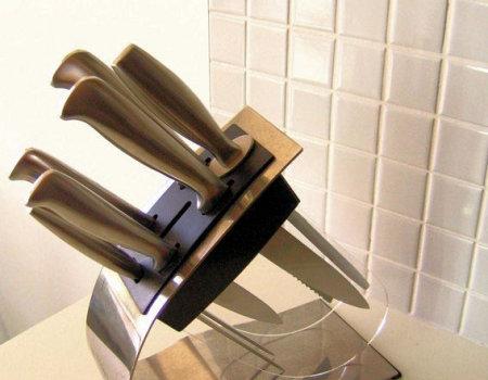 Materiały na ostrze noży kuchennych