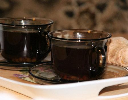 Rozgrzewająca domowa herbata z imbirem