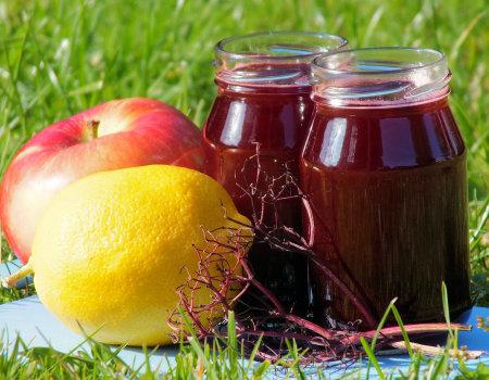 Rozgrzewający syrop winogronowy z dodatkami