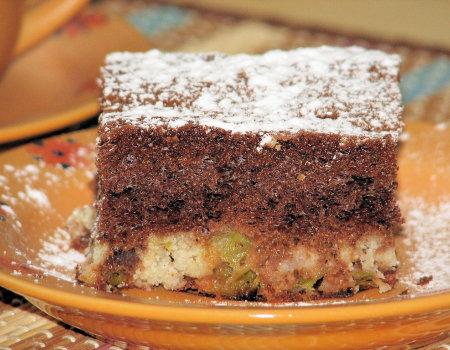 Szybkie czekoladowe ciasto z rabarbarem