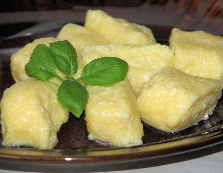 Szybkie i dietetyczne serowe kluseczki