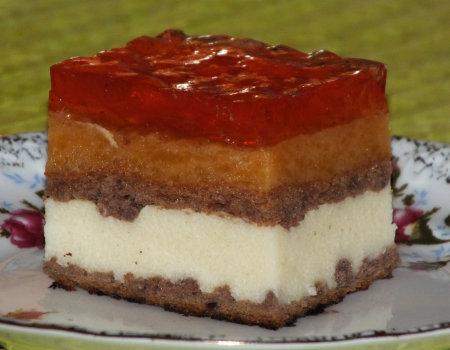 Warstwowe ciasto z kaszą manną i dynią