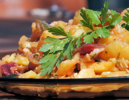 Zapiekanka jesienna z ziemniaków, cukinii i buraków