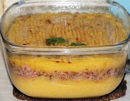 Zapiekanka ziemniaczano-dyniowa z mieloną kiełbasą
