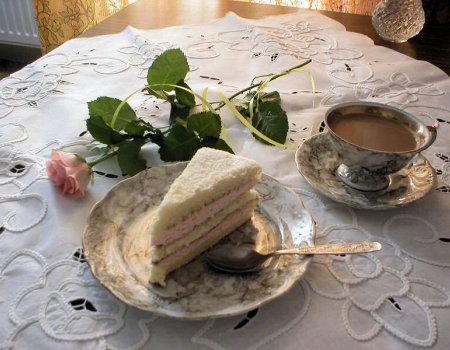 Ciasto tortowe z kremem