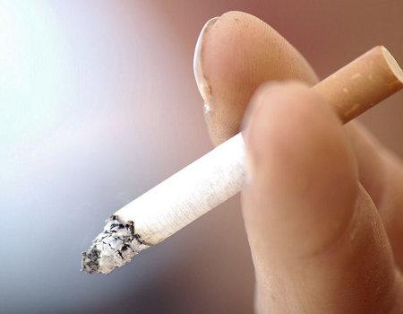 Czym usunąć żółte ślady na palcach po papierosach?