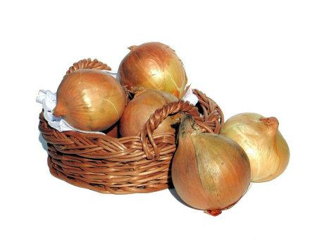 Jak uniknąć łez przy krojeniu cebuli?
