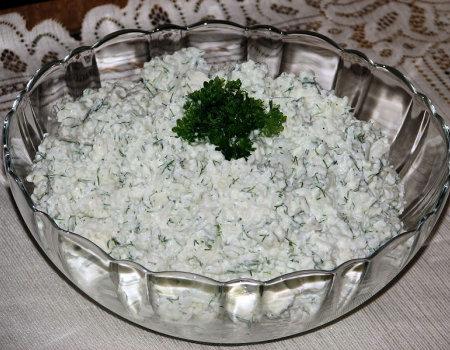 Ryżowa sałatka z serem Feta i koperkiem