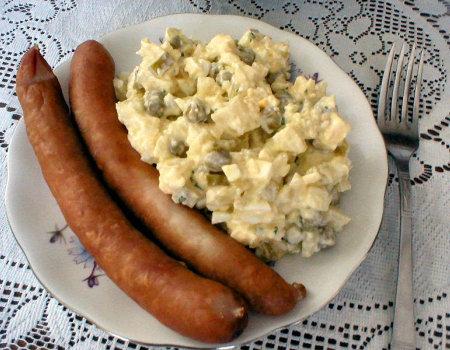 Sałatka z ziemniakami i groszkiem