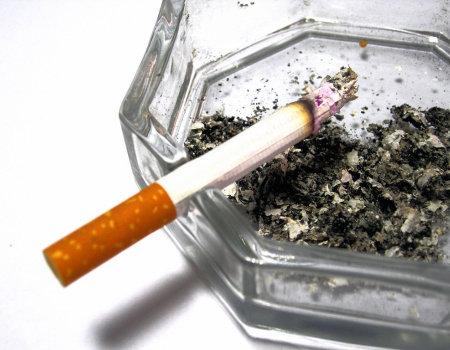 Ślady nikotyny z palców usunie...