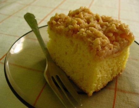 Jogurtowe ciasto z jabłkami