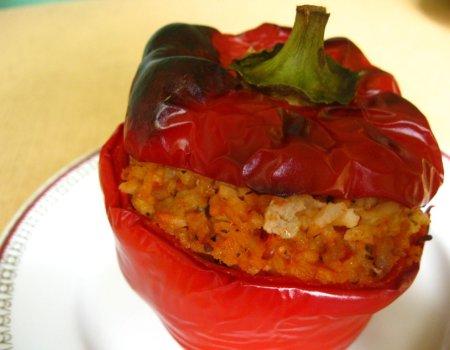 Papryka faszerowana ryżem i mięsem mielonym
