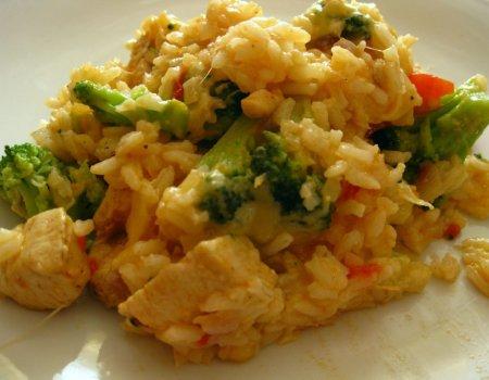 Ryżowa zapiekanka z brokułem