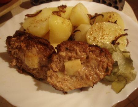 Kotlety mielone nadziewane żółtym serem