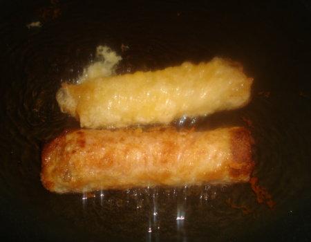 Sajgonki z farszem mięsnym