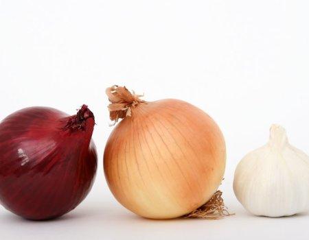 Sposób na łzy przy krojeniu cebuli