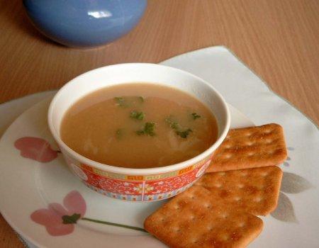 Zupa cebulowa po parysku