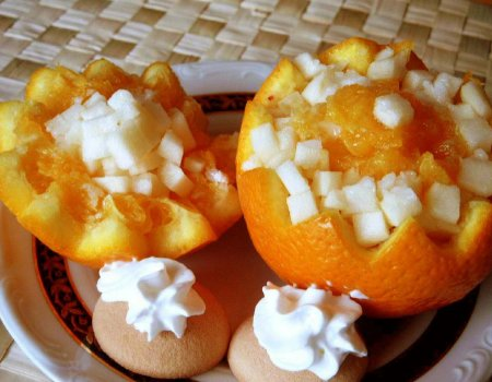 Sałatka z gruszek i pomarańczy