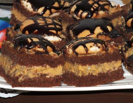 Kakaowe ciasto toffi z prażonym słonecznikiem