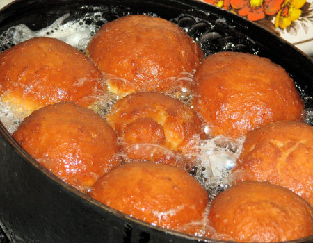 Pączki z pomarańczową skórką