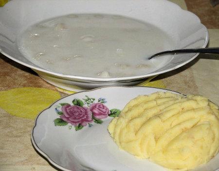 Zacierka z ziemniakami