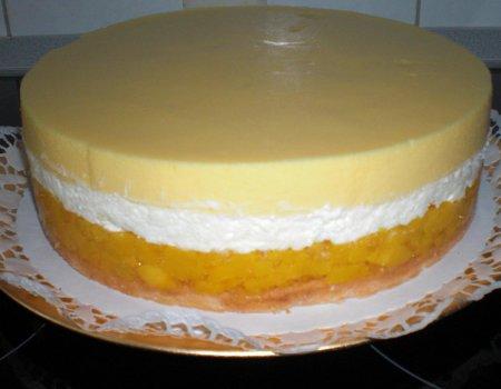 Tort Brzoskwinia-Maracuja