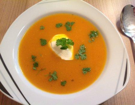 Kremowa zupa z dyni Hokkaido