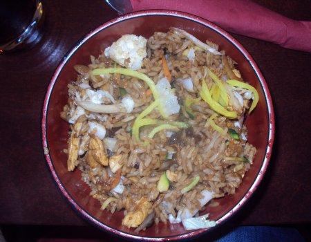Kurczak z kiełkami i ryżem