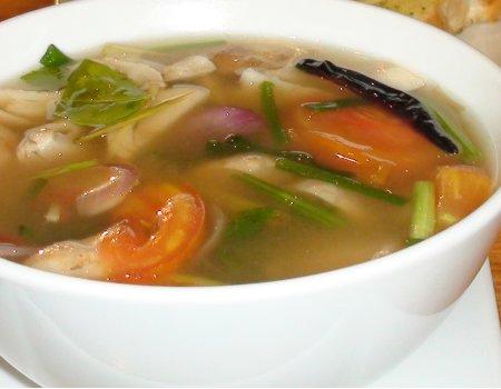 Zupa z krewetkami i warzywami