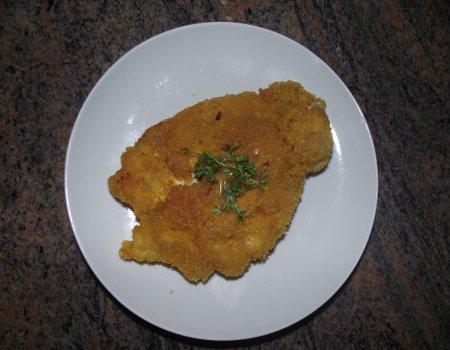 Filet z piersi kurczaka w płatkach kukurydzianych