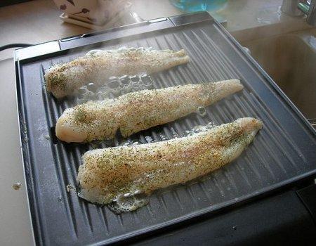 Grillowana rybka w koperku