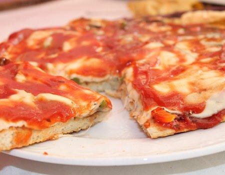 Pizza z mlekiem i wodą