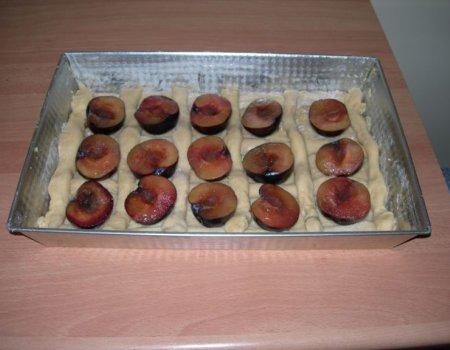 Kruche ciastka ze śliwkami
