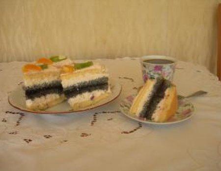 Tort śmietankowo - makowy
