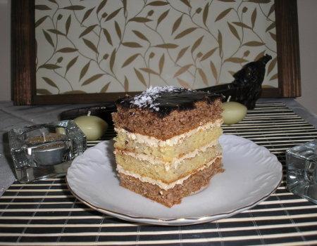 Tortowe ciasto migdałowo-orzechowe