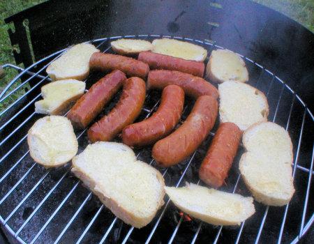 Czosnkowe bułeczki z grilla