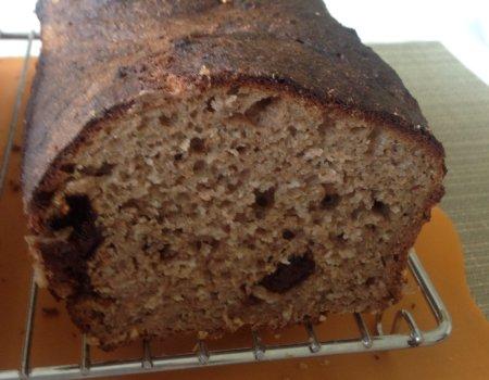 Chleb razowy na miodzie ze sliwka