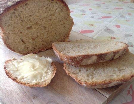 Chleb z jasnej mąki chlebowej