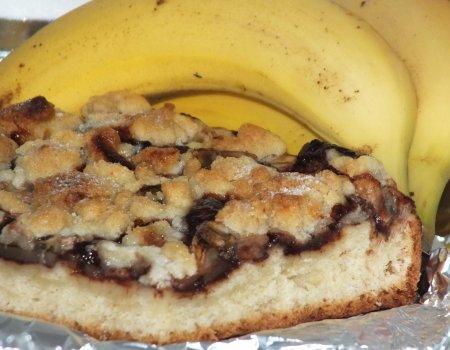 Ciasto drożdżowe z jabłkami i bananami