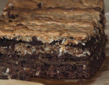 Ciasto kakaowe z bezą orzechowo-kokosową